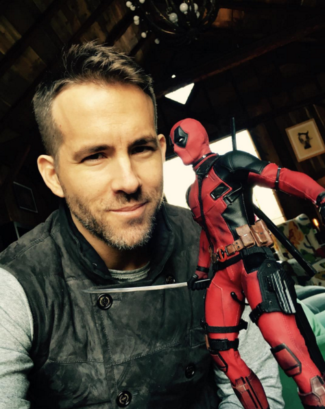 "Ryan Reynolds on Instagram: ""Saw this incredible 1:6 scale recreation of #Deadpool by @hottoyscollectibles. I threw my shoulder… 2016-02-07 15-02-04"