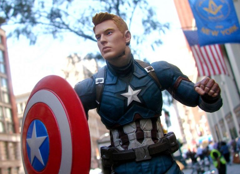 Commemorate Marvel's Captain America: Civil War with a New Exclusive Action Figure!